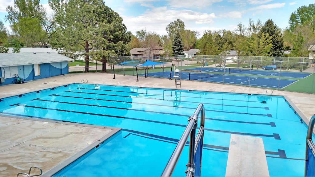 Village green pool fort collins pool fort collins - Valley center swimming pool hours ...